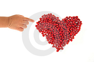 Heart Shape Arranged With Red Beans Royalty Free Stock Photos - Image: 20631038