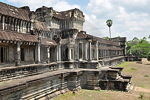 Ancient Khmer Building Royalty Free Stock Photos - Image: 20663498