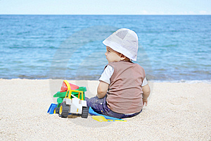 Playing On The Beach Royalty Free Stock Photography - Image: 20667317