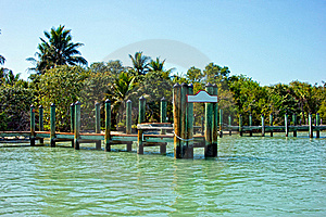 Old Wooden Pier With Blank Sign In Tropics Royalty Free Stock Images - Image: 20784869