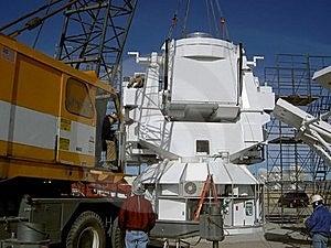 Crane Sets Observatory Base Stock Photos - Image: 20836563