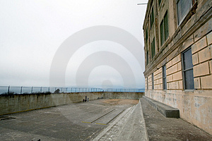 Yarda Del Ejercicio En Alcatraz Fotos de archivo libres de regalías - Imagen: 2093568