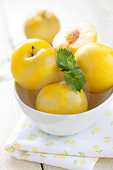 Yellow Plums In Bowl Royalty Free Stock Image - Image: 20901906
