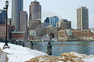 Bostons Rowes Wharf With Ships In Winter Stock Photo - Image: 20913790