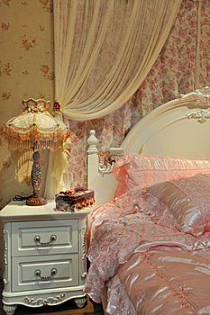 Bedroom And Bedding In Pink Stock Image - Image: 20930881