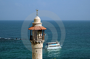 Minaret on the seashore Royalty Free Stock Photos