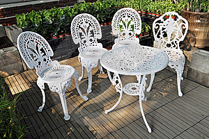 Garden Table And Chairs Royalty Free Stock Images - Image: 21010719