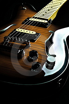 Vintage Guitar 01 Royalty Free Stock Photo