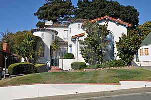 Single Family House Two Storys With Driveway Royalty Free Stock Photography - Image: 21060927