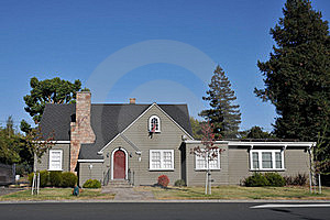 Single Family House One Story With Driveway Stock Images - Image: 21060934