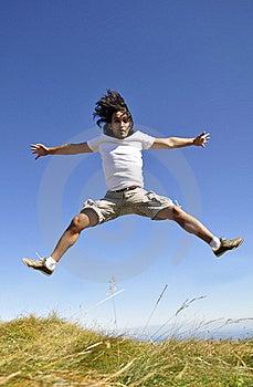 мужчина утехи скача Стоковое Изображение RF - изображение: 21128206