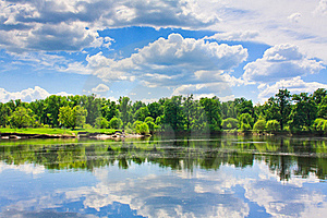 Clouds Reflection On Lake. Stock Photo - Image: 21142000