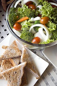 Mixed Salad And Wheat Toast Royalty Free Stock Photography - Image: 21144077