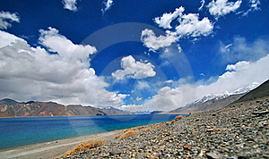 Pangong Lake Stock Photos - Image: 21178393