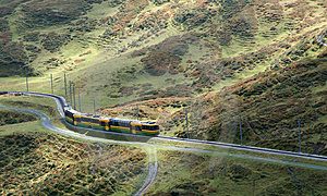 Train Winding Through Moutains Stock Photos - Image: 2126793