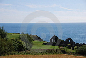 Ruined Church At Stonehaven Stock Images - Image: 21232734