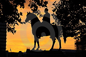 Silhouette Of Statue Royalty Free Stock Photography - Image: 21370097