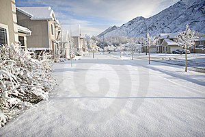 Winter Time In The Suburbs Royalty Free Stock Images - Image: 21372039