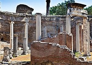 Roman Columns Stock Images - Image: 21385054