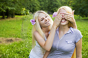 Sisterly Love Royalty Free Stock Images - Image: 21393159
