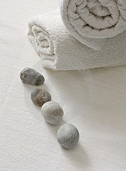 Cobbles With White Towels Stock Photos - Image: 21394493