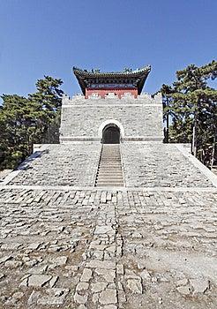 Chinesisches Königliches Mausoleum. Lizenzfreie Stockfotos - Bild: 21438218