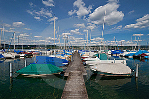 Lake With Boats Royalty Free Stock Images - Image: 21526889