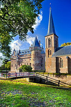 Castle In Holland Royalty Free Stock Images - Image: 21573969