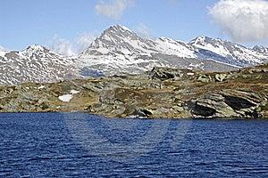 Mountain Lake, Swiss Alps Stock Photos - Image: 21627383