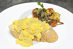 Scrambled Eggs Royalty Free Stock Images - Image: 21635959