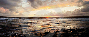 Scenic Ocean Sunset Royalty Free Stock Photo - Image: 21687095