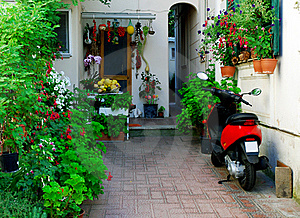 Typical Mediterranean House Royalty Free Stock Photo - Image: 21732335