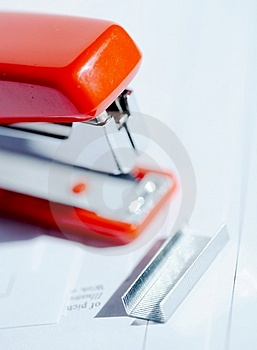 Stapler With Staples Stock Photography - Image: 2182612