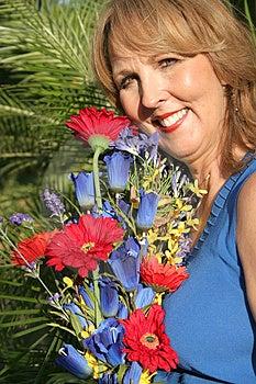 Donna di cinquanta anni splendida Fotografie Stock Libere da Diritti