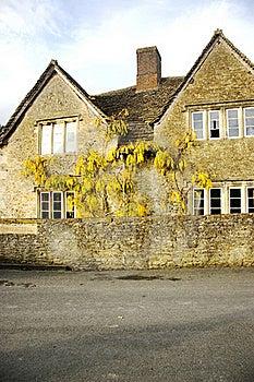 English Cottage Stock Images - Image: 22121314