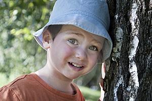 Child And Tree Royalty Free Stock Images - Image: 22188259