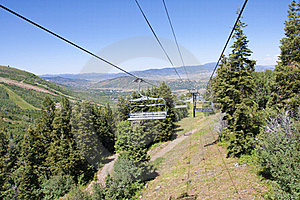 Gondola Chairlift At A Mountain Ski Resort Royalty Free Stock Image - Image: 22394756
