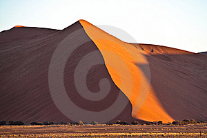 Dune In Namib Desert, Namibia Stock Photo - Image: 22573940