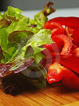 Lettuce And Capsicum Royalty Free Stock Photos - Image: 22890978