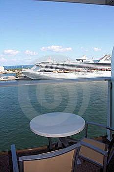 Oase Des SeeKreuzschiff-Balkons Stockbilder - Bild: 23063874