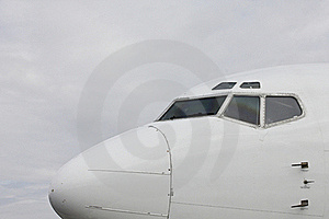 Airplane Front View Stock Image - Image: 23117411