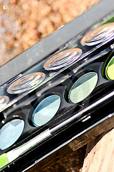 Makeup Box By The Lake On The Sand Royalty Free Stock Photography - Image: 23156417