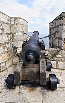 Historic Cannon Royalty Free Stock Images - Image: 23167779