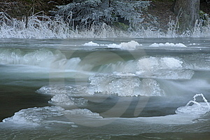 Frozen Creek Stock Images - Image: 23208144