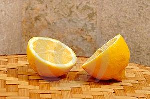 Fatias Do Limão Fotografia de Stock Royalty Free - Imagem: 2359947