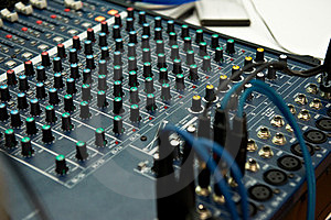 Sound Device DJ Royalty Free Stock Images - Image: 23636879