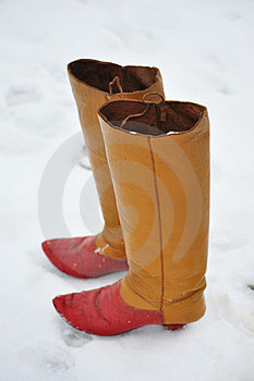 Boots In Snow Royalty Free Stock Photos - Image: 23692058
