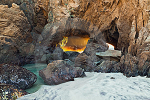 Coastline Cave. Royalty Free Stock Images - Image: 23733339