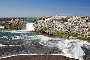 Pacific Ocean Rocks Royalty Free Stock Photo - Image: 23749935