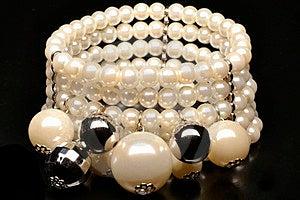 Pearlsbracelet Stock Images - Image: 24004854